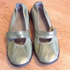 Privo casual shoes by Clarks Slip ons. Green Leather uppers. Has soleassage insoles. Massages your feet with every step! Privo Shoes Flats & Loafers