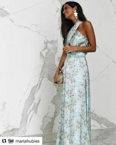 """99 Me gusta, 3 comentarios - Vanilla Boutique (@vanillaboutiquemerida) en Instagram: """"Preciosa @mariafrubies con este vestidazo de @vanderwilde con el que contamos en…"""""""