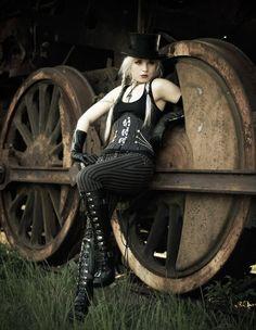 I love her braids and hat together, steampunk tankgirl Steampunk Costume, Steampunk Fashion, Steampunk Cafe, Steampunk Wedding, Death Metal, Dark Fashion, Gothic Fashion, Cyberpunk, Rockabilly