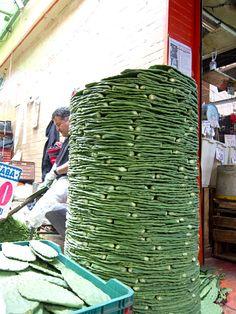TASTY TRIX: Mercado Monday: Exploring the Markets of Mexico City