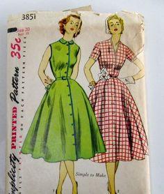 Vintage Dress Pattern:Simplicity 3851, 1950s One Piece Dress.
