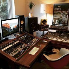 https://itunes.apple.com/us/album/gud-single/id407726951