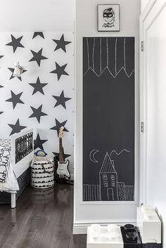 Chalkboard in a kid's room is always fun!
