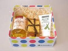 Crema de manos, Aceite de almendras 250 ml, Jabon Bifemme http://naturalexpres.es/pack/1756-cestas-regalo-bifemme-2.html