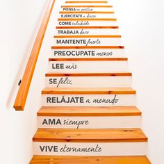 Vinilo decorativo textos 😍 sube paso a paso ❤ que tengan un excelente día 🍀 Ideas Para, Sweet Home, Stairs, Basement Stair, Inspirational Quotes, House Design, Words, Instagram, Ideas Originales