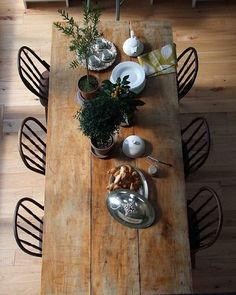 #weekend #dinner #together #thatsdarling #gatheringslikethese #style #design #home #cozy #onthetable #interiordesign #igers #instagram #beautiful #instamood #livefolk #fromthesource #hudsonwoods