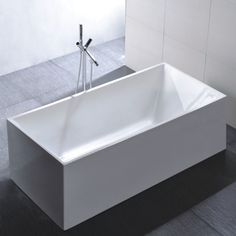 Legion Furniture Freestanding 67-inch Rectangular White Acrylic Bathtub (Acrylic Tub)