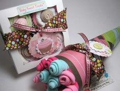 Baby Shower Gift Set.  Onesie Cupcake Set and Washcloth Flower Bouquet