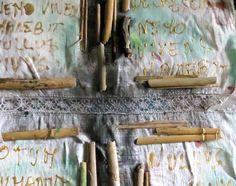 la croce collage,disegno,pittura su lino