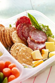 DIY Lunchables for Project Lunchbox: Salami & Cheese - Marla Meridith Lunch Snacks, Lunch Recipes, Healthy Snacks, Healthy Eating, Healthy Recipes, Salami And Cheese, Sandwiches, Boite A Lunch, Lunch To Go
