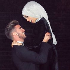 @sahin.es Cute Muslim Couples, Cute Couples, Couple Goals, Couple Photography, Portrait Photography, Beautiful Muslim Women, Muslim Brides, Interracial Couples, Mode Hijab