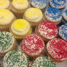 Cupcakes with sprinkles Custom Cupcakes, Sprinkles, Desserts, Food, Personalised Cupcakes, Tailgate Desserts, Deserts, Meals, Dessert
