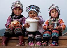 chinese children and pinterest | Terrific textiles / Hani children, Yuanyang, China | © Art Wolfe