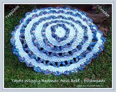 EU TAMBÉM CROCHETO...: Tapete Wiggly Redondo Azul e Estampado em Trapilhos