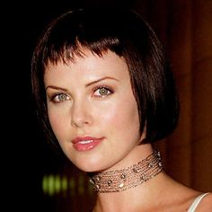 Charlize+Theron's+Changing+Looks+-+1999 +-+from+InStyle.com