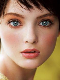Menelwena yeux beauty, gorgeous eyes et face. Most Beautiful Faces, Gorgeous Eyes, Girl Face, Woman Face, Portrait Fotografie Inspiration, Beauty Makeup, Hair Beauty, Too Faced, Belleza Natural