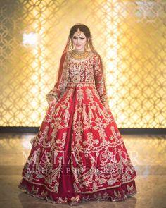 Pakistani Fashion Party Wear, Pakistani Wedding Outfits, Indian Bridal Outfits, Pakistani Wedding Dresses, Pakistani Suits, Asian Bridal Dresses, Asian Wedding Dress, Indian Dresses, Bridal Dress Design