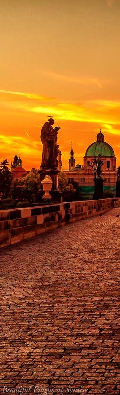 Beautiful Prague at sunrise... The Charles Bridge, Czech Republic ♥ Seguici su www.reflex-mania.com