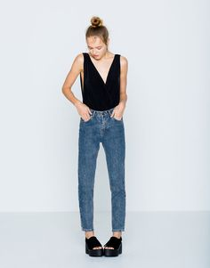 Pull&Bear - woman - clothing - jeans - mom fit - high waist mom jeans - dark blue - 05682330-I2016