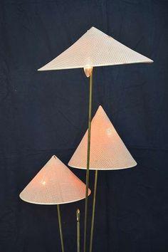 Nikoll Stehlampe Chinesen Hüte Vintage Kalmar Chinese Hat, € 1.909,- (9020 Klagenfurt) - willhaben Klagenfurt, Chinese Hat, Table Lamp, Vintage, Lighting, Paper, Home Decor, Kalmar, Floor Lamp Base