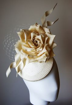 LOTTIE - Esther-Louise cream straw and oversized rose smartie hat