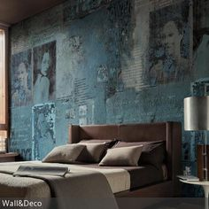 Die Wandgestaltung ist der Hingucker in diesem Schlafzimmer. Mit ihren antiken Effekten bildet die Wandgestaltung einen interessanten Kontrast zum modernen  …