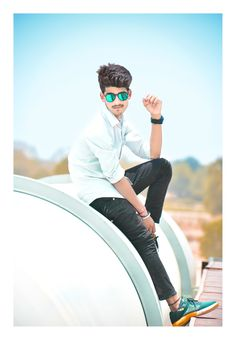 Hd Background Download, Background Images For Editing, Boy Photography Poses, Good Poses, Boys Wallpaper, Facebook Status, Ray Ban, Stylish Boys, Girls Dp
