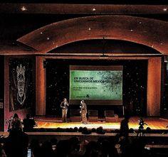 En el escenario de #DTI2016 Unicornios Mexicanos una foto histórica @gonzoogle y Daniel Marcos @the.ggi @capital_emprendedor #mexico #cdmx  @clowdertankmx #fintech #transformacióndigital #peer2peer #fintech #myteam #proud #friends #unicon2016 #unicorn #tcpip #cuentasok