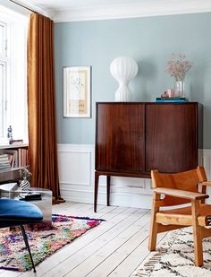 The Nordroom - A Copenhagen Apartment in Pink and Blue Tones Living Room Inspiration, Interior Inspiration, Copenhagen Apartment, Scandinavian Loft, Custom Made Furniture, Apartment Design, Small Apartments, Wall Colors, Room Decor