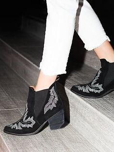 western boot loving