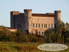 AB Real Estate France: *** Reduced Price *** Restored majestic Knights Te...