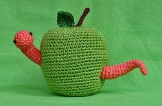 Wormy Apple Free amigurumi pattern