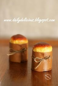 dailydelicious: Mini Brioche: Little breads with loaded of butter!