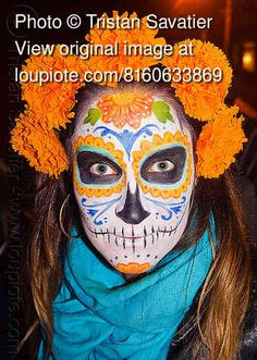 i'd like a marigold on my chin: the flower most associated with dia de los muertos in mexico is the marigold, or cempazúchitl which is known as the flower of the dead. in aztec belief the marigold was sacred to mictlantecuhtli, the god of the dead. the souls of departed family and friends return to earth on the day of the dead, and the strong scent of marigold helps to guide them back.