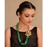 Kelly Green Agate Beaded Stones Necklace with Floral Motif