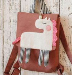 Unicorn gift bags Unicorn gift for Kids Aminal Backpack Unicorn Gift Bags, Animal Bag, Diy For Men, Linen Bag, Kids Bags, Cute Bags, Sewing For Kids, Kind Mode, Purses And Bags