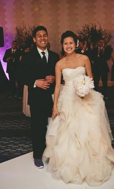 Search Used Wedding Dresses & PreOwned Wedding Gowns For Sale Strapless Dress Formal, Formal Dresses, Black Tie Wedding, Used Wedding Dresses, Vera Wang, Diana, Board, Design, Style