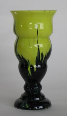 Bohemian/czech Strict Antique Spatter Art Glass Vase Pottery & Glass