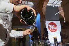 #Gastrofestival Degustación de Freixenet tras doble sesión de cine en Conde Duque http://www.gastrofestivalmadrid.com/ (foto: Javier Peñas)