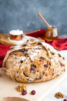 This No-Knead Cranberry Honey Walnut Artisan Bread Is A Delicious Sweet Bakery-Style Bread That's Perfect For The Holidays Make It Perfect With My Easy Pro Tips For Homemade Bakery-Style Bread Recipe From Thebusybaker. Knead Bread Recipe, No Knead Bread, Walnut Bread Recipe, Cranberry Walnut Artisan Bread Recipe, Raisin Nut Bread Recipe, Sweet Sourdough Bread Recipe, No Yeast Bread, Cinnamon Raisin Bread, Sweet Bread