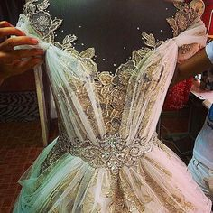 White Ivory Lace Flower Girl Dresses 2017 Tank Long Girls First Communion Dress Pagaent Dress vestidos primera comunion 2016 from Reliable dresses plus size girls suppliers on Bright Li Wedding Dress Wedding dresses - Fashiondivaly Beautiful Gowns, Beautiful Outfits, Gorgeous Dress, Princess Wedding Dresses, Wedding Gowns, Wedding Shoes, Pnina Tornai, Prom Dresses, Formal Dresses