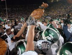 Michigan State Spartans   taking home paul after another win at Michigan