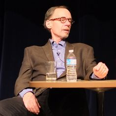 David Carr speaks at the PuSh International Performing Arts Festival, in North Vancouver, BC. (Wikipedia image, attributed to Ian Linkletter)