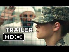 Camp X-Ray (2014)     Η Έιμι Κόουλ κατατάσσεται στον στρατό για να γίνει μέρος κάτι μεγαλύτερου από τις προοπτικές που της δίνει η μικρής της πόλη. Ενώ όμως ονειρεύεται να υπηρετήσει στη μάχη εναντίον του κακού, βρίσκεται φύλακας στις φυλακές του Γκουαντάναμο. Κυκλωμένη από εχθρικούς τζιχαντιστές και οργισμένους συναδέλφους, θα γίνει φίλη με έναν από τους κρατούμενους.