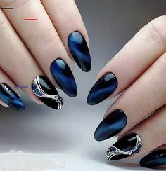 Awesome Trendy nails are offered on our site. Heart Nail Designs, Beautiful Nail Designs, Nail Art Designs, Art Deco Nails, Hard Nails, Glow Nails, Nail Effects, Cat Eye Nails, Nagel Gel