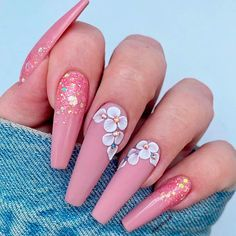 Spring means you can try many new things. Spring outfit, spring hairstyles, of course, you need a modern spring nail art. We've collected 33 of the latest spring nail art designs that will keep you looking right all spring. Summer Acrylic Nails, Best Acrylic Nails, Spring Nails, Summer Nails, Nail Art Designs, Cute Acrylic Nail Designs, Nails Design, Dope Nails, Swag Nails