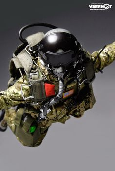 toyhaven: Preview Very Hot 1/6 US Navy SEAL HALO UDT Jumper x 2 & US Army Special Forces HALO