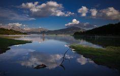 #Lago di #Campotosto e il #Gran #Sasso #parco #nazionale del Gran Sasso e #monti della #Laga #paesaggio #landscape @cg cuba #acqua #water #mountain