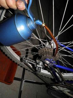 How to maintain and fix your bicycle; only a few tools required along with a bicycle stand that you can build yourself and very little know-how to start! Bicycle Stand, Cruiser Bicycle, Bike Repair Stand, Touring Bicycles, Retro Bicycle, Bicycle Maintenance, Bike Chain, Bicycle Design, Fix You