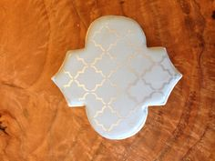 Small Quatrefoil – The Cookie Countess